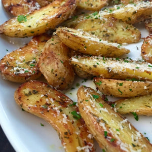 Garlic and Rosemary Roasted Fingrling Potatoes
