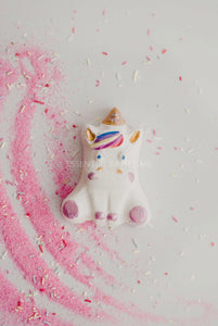 Penelope the Unicorn - Essential bath time