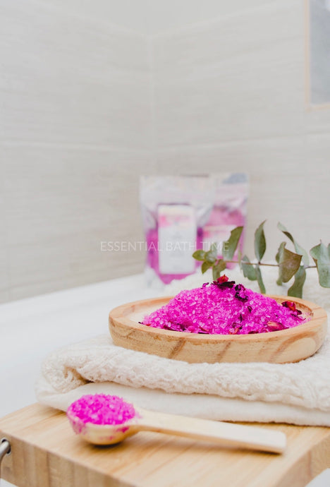 Coconut and rose fizzing bath salts - Essential bath time