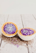 Half Mystical Geode bath bomb - Amethyst - Essential bath time