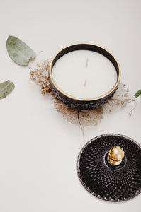 Pure Elegance Double Wick Soy Candle - Essential bath time