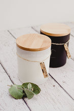 Cambridge rustic soy candle Frankincense and Mandarin - Essential bath time
