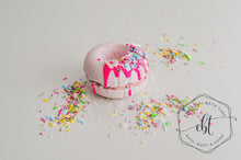 Decker Doughnut Bath Bomb - Somewhere Over The Rainbow - Essential bath time