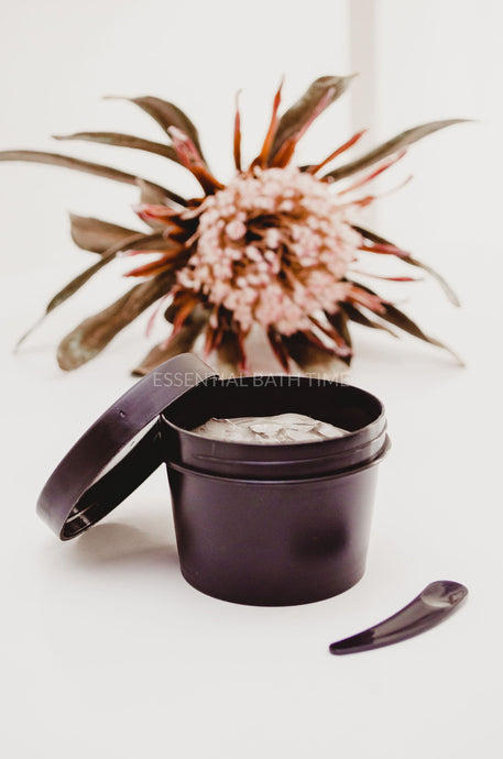 Dead Sea Mineral Mud Mask - Essential bath time