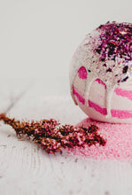 Wholesale Lychee and Guava Temptation  Bath Bomb - Essential bath time