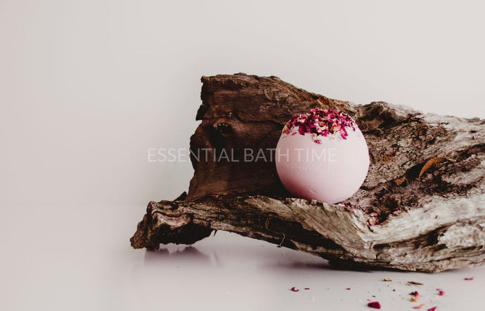 Rose and Geranium Luxurious Bath Bomb - Essential bath time