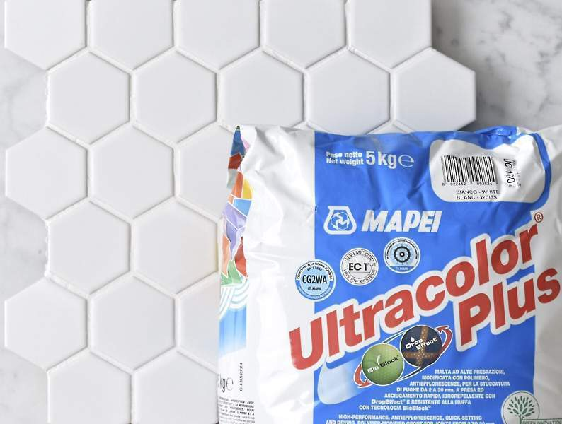 Mapei Grout Ultracolor Plus White 5kg Bag