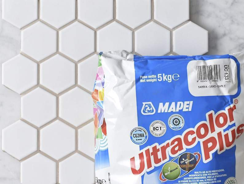 Mapei Grout Ultracolor Plus Sand 5kg Bag