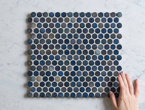 Broadwater Dark Blue Mix Gloss Penny Round Mosaic Tile