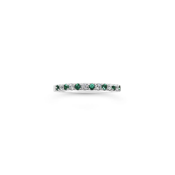 1.5mm Diamond and Emerald Pavé Ring