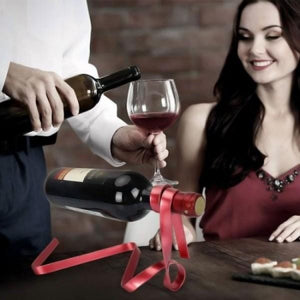 Magic Ribbon Wine Bottle Holder