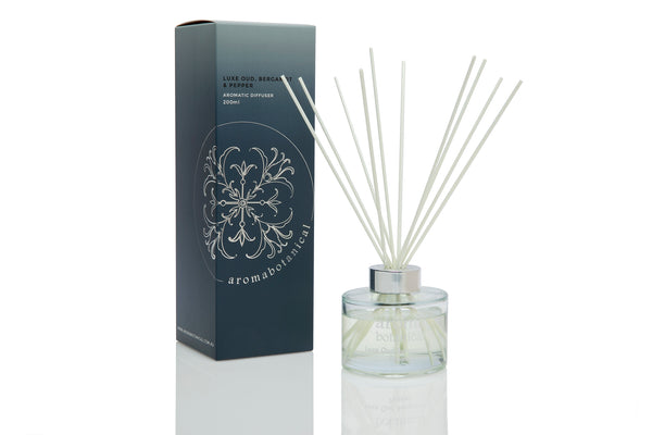 Luxe Oud, Bergamot & Pepper 200ml Reed Diffuser