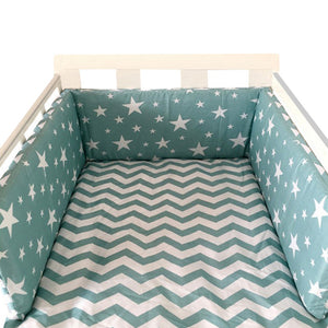 Collapsible baby cot bumper