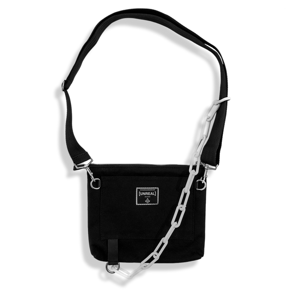 UNREAL Chain shoulder bag