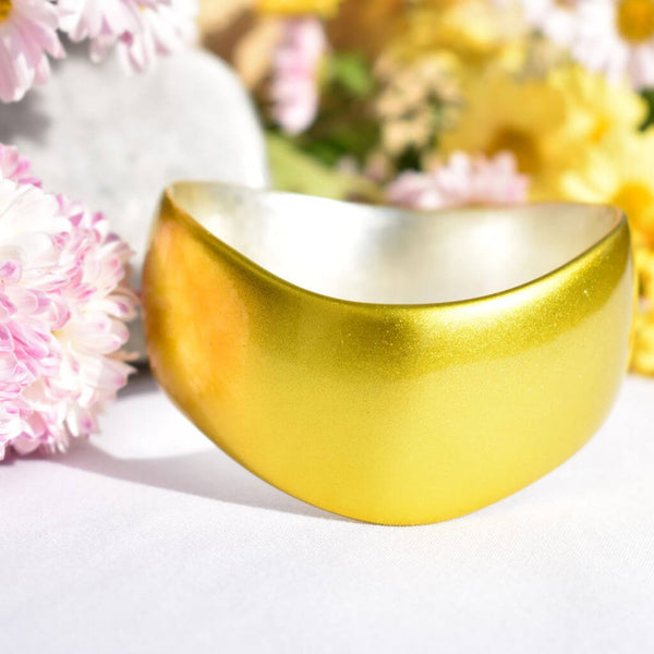 Yellow Gold Urushi Bangle with Pink and Yellow Flowers