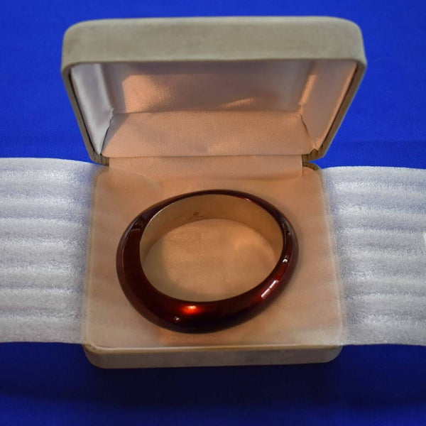 Urushi Bordeaux-red Bangle in Gray Velvet Opened Jewelry Box