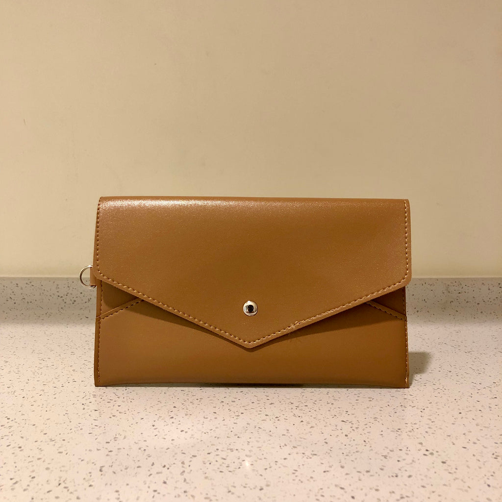 Envelope Purse Light Brown
