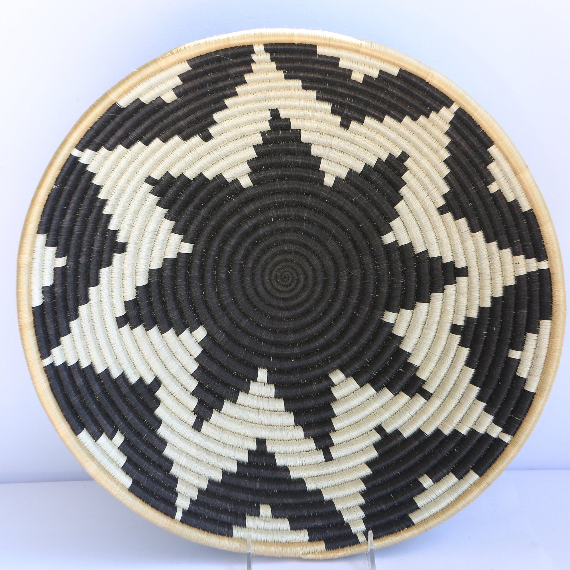 Tabia African Wall Basket, Rwanda baskets, African Woven basket,  Brown, Black and White - African Baskets , African Basket , Rwanda Baskets , Wall baskets Woven Basket