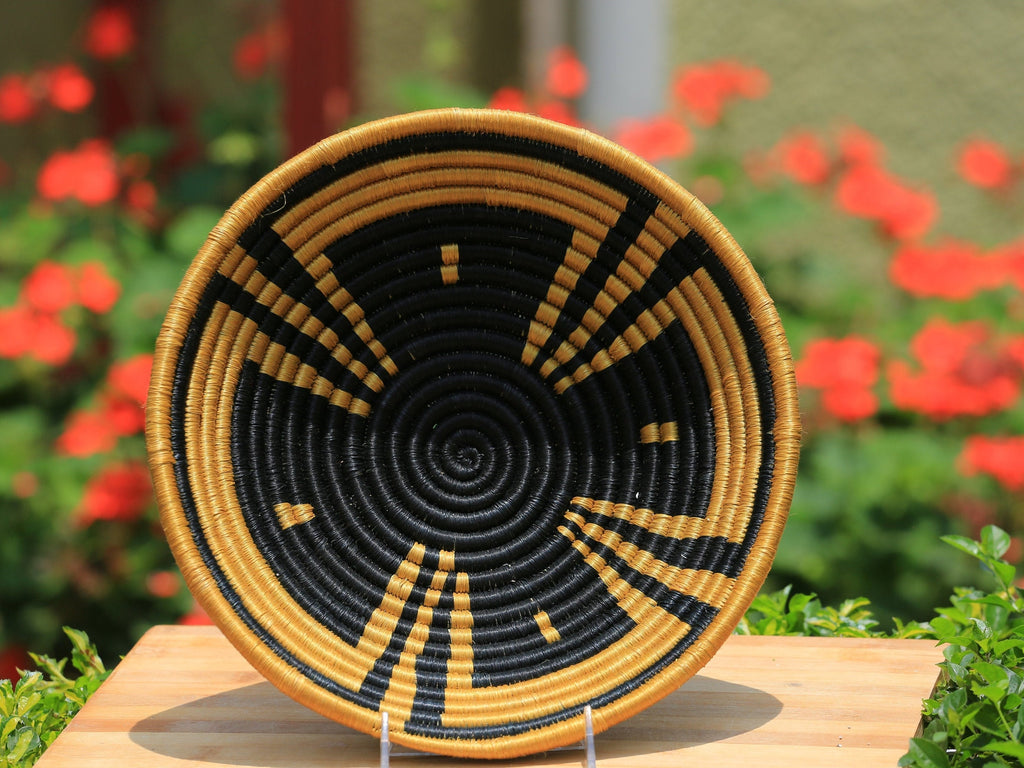 Kabaka African Wall Basket, Rwanda baskets, African Woven basket. Black, Brown - African Baskets , African Basket , Rwanda Baskets , Wall baskets Woven Basket