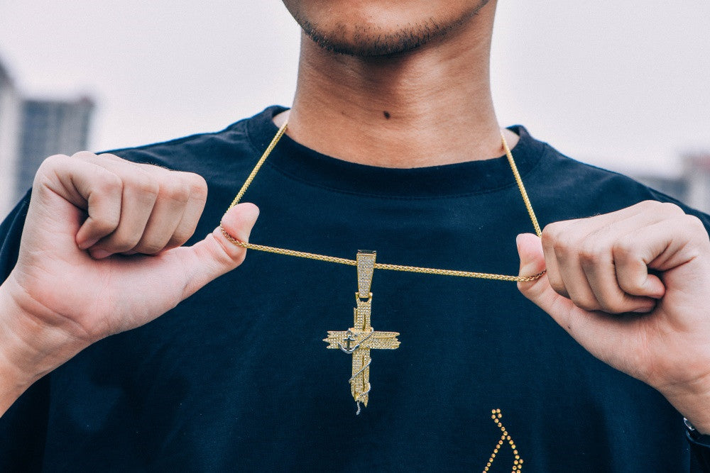 anchor cross pendant
