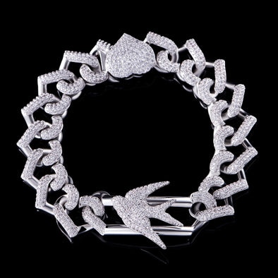 AMOR SWALLOW Heart-Shape Link Bracelet (Pre-Sale)