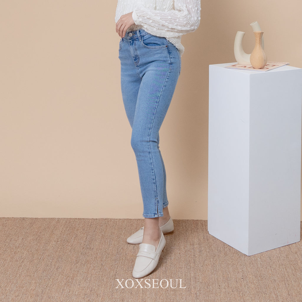 15X Series Split Ankle Jeans
