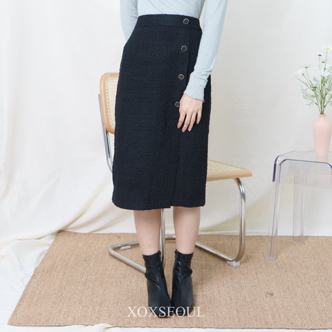 Elegant Tweed Midi Skirt