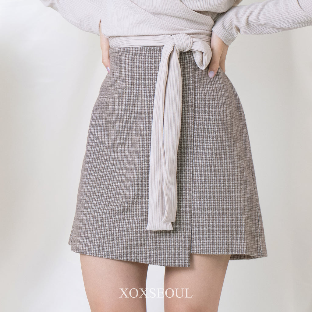 Life Goes On Skirt (2 Colors)