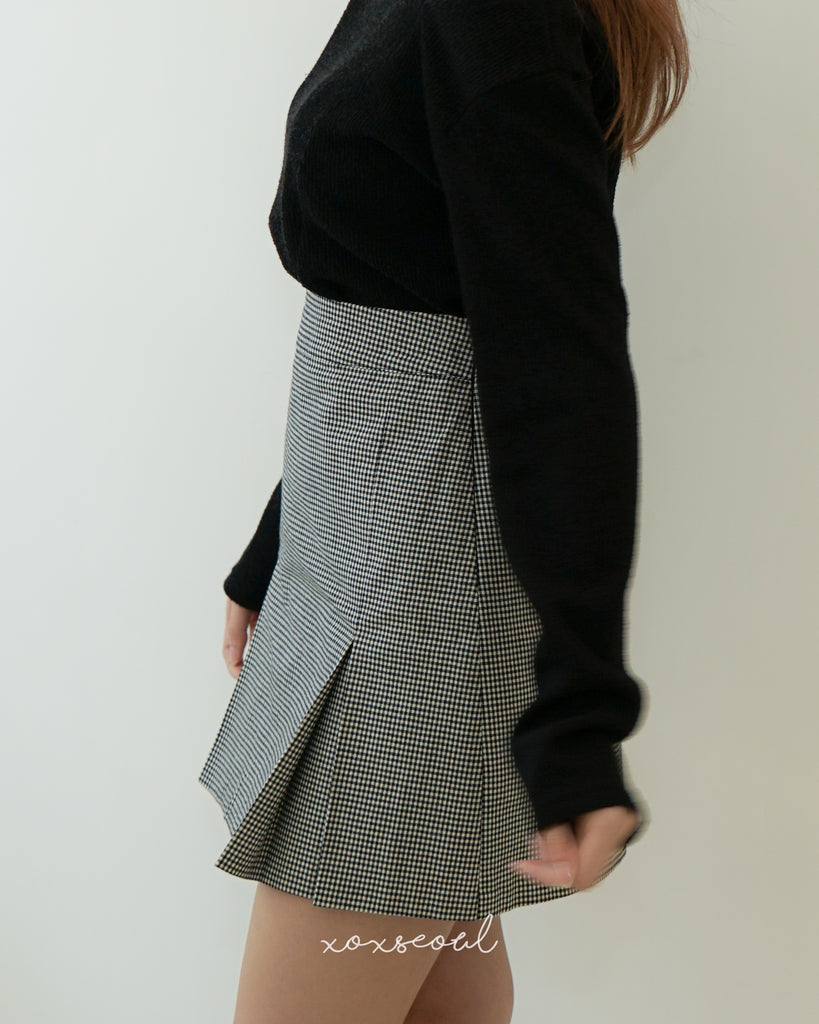Find Your Way Checked Skirt
