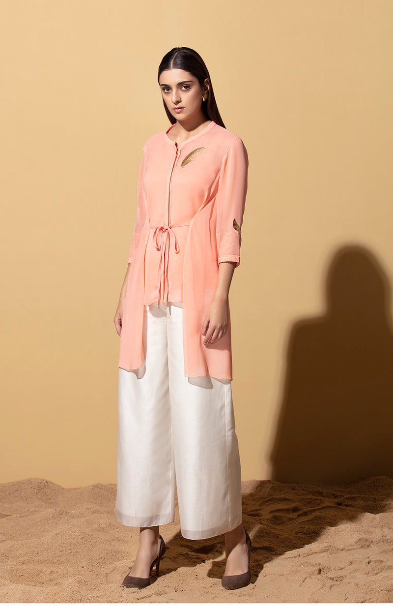 Ilanga Peach Front tie Shirt In Georgette