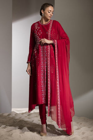 Red Floral Embroidered Churidar Kurta Dupatta In Silk With Chiffon Dupatta - 2750
