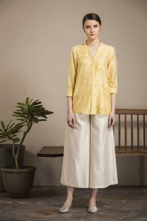 Yellow Embroidered Horse Patterns Shirt-2811