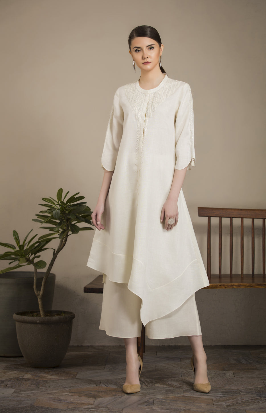 Ivory Applique Work Tunic Set in Linen - 2816