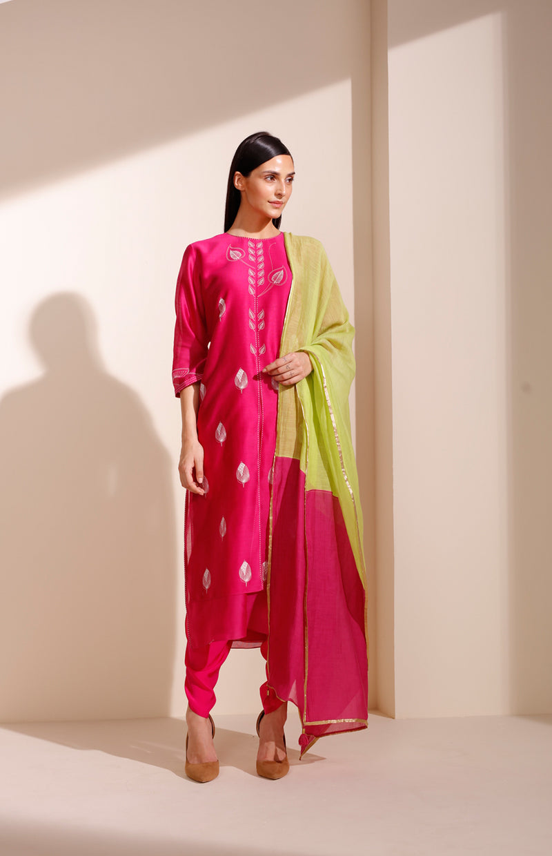 Magenta Screenprinted Suit In Chanderi