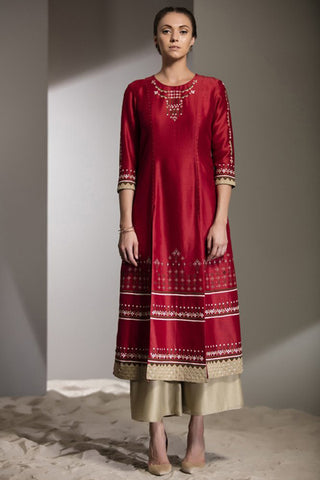 Red Applique Work Tunic Set in Chanderi - 2748