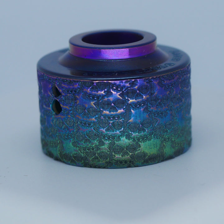 Divavap.com offers an amazing collection of RDA's caps engraved by Laser Custom Vap