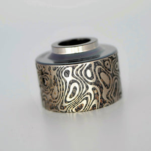 Titanium caps engraved by Laser Custom Vap are available on Diavap.com