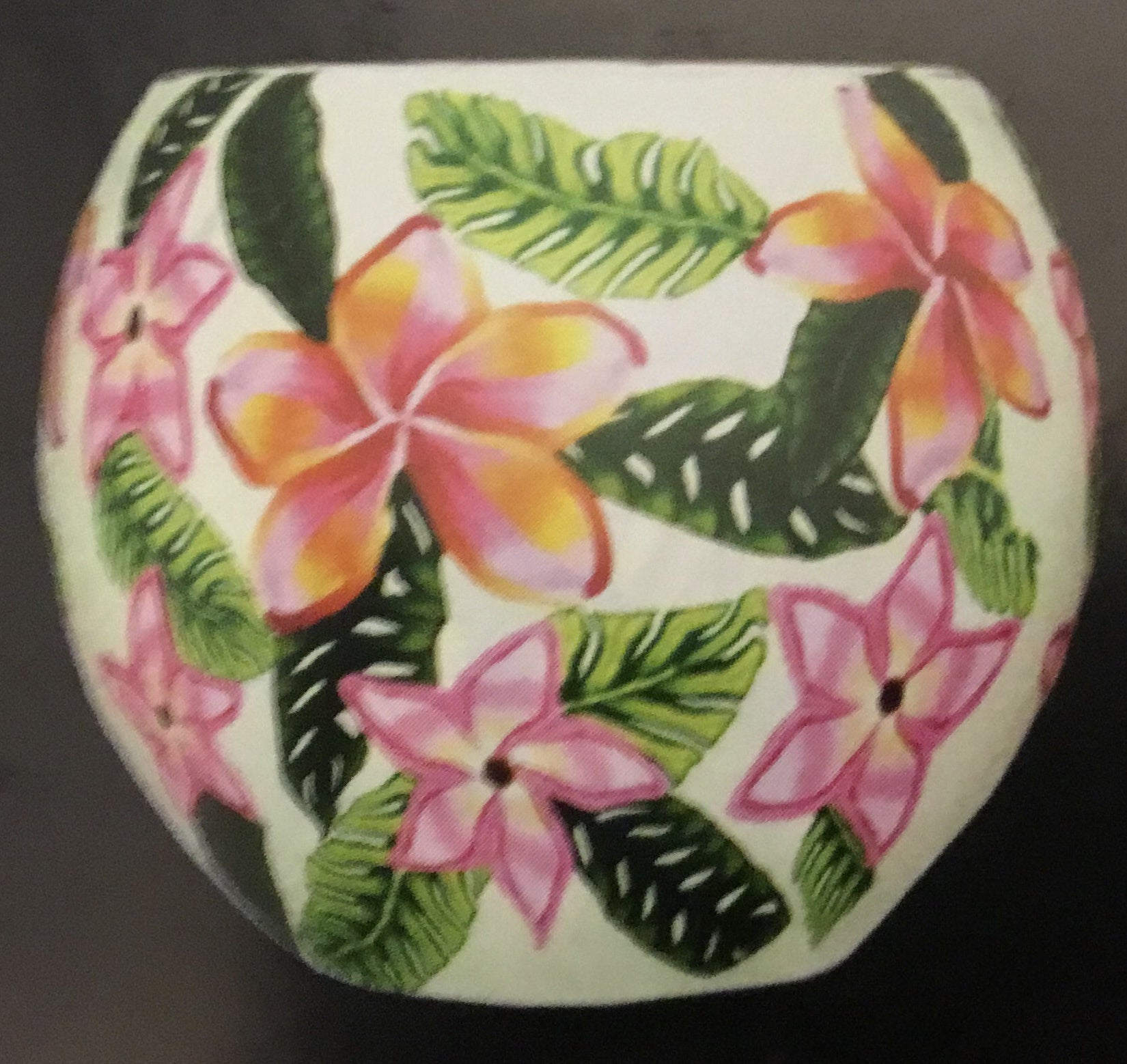 716 SHADE AND BASE PINK TROPICAL FLOWERS