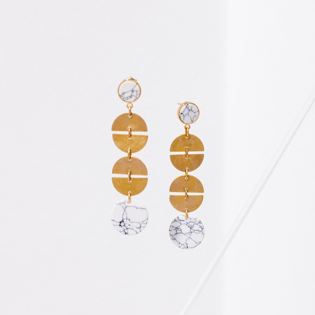 vie earrings in white