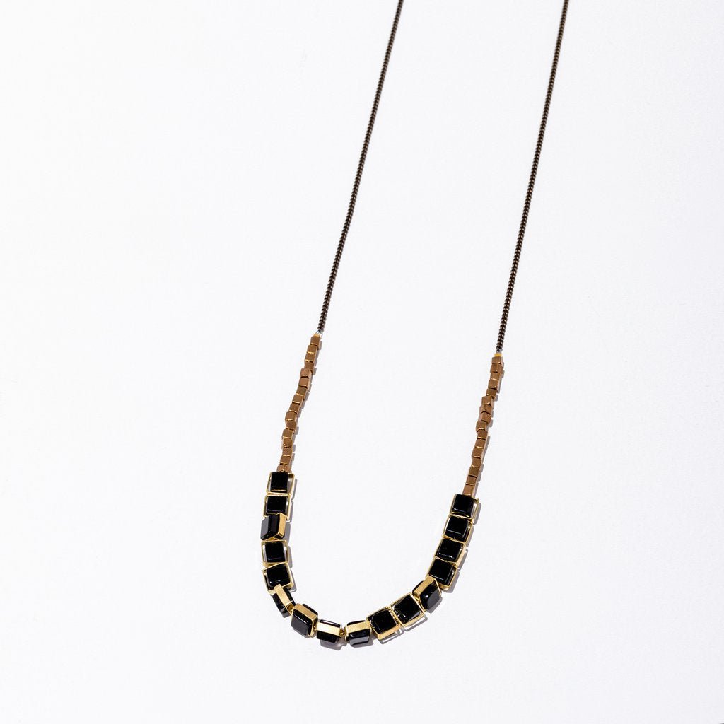 aquilo necklace in onyx