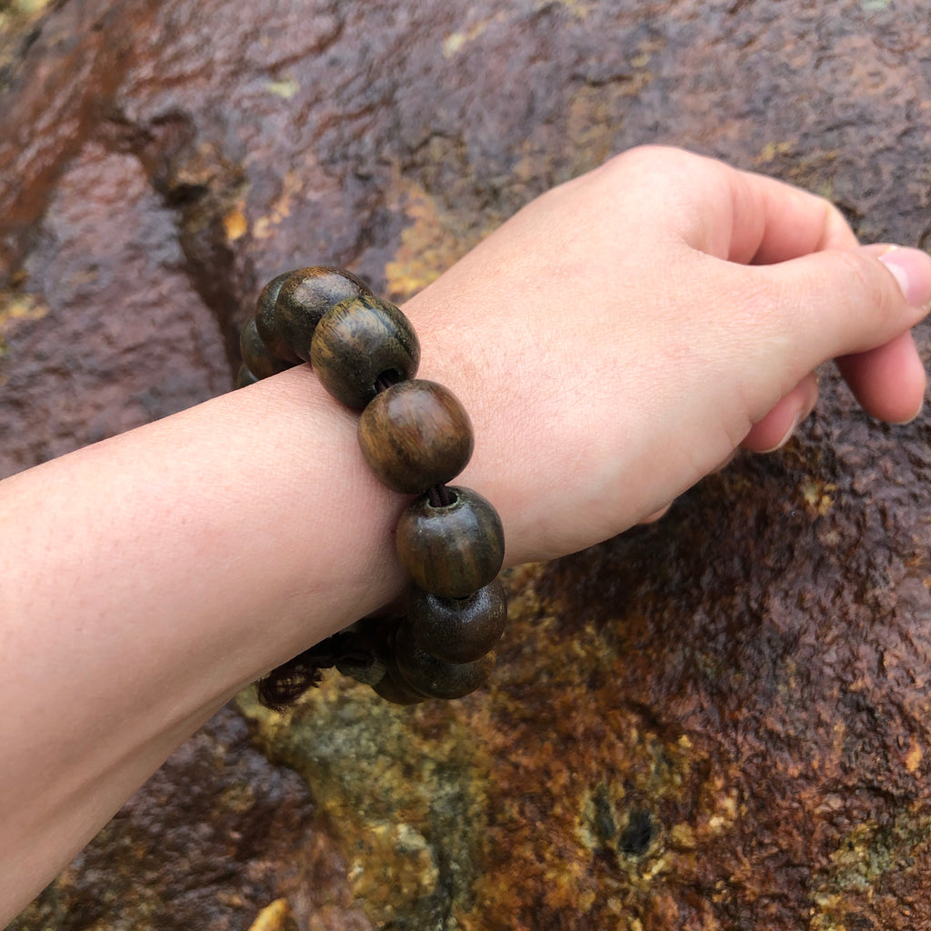 Green Sandalwood Wrist Mala