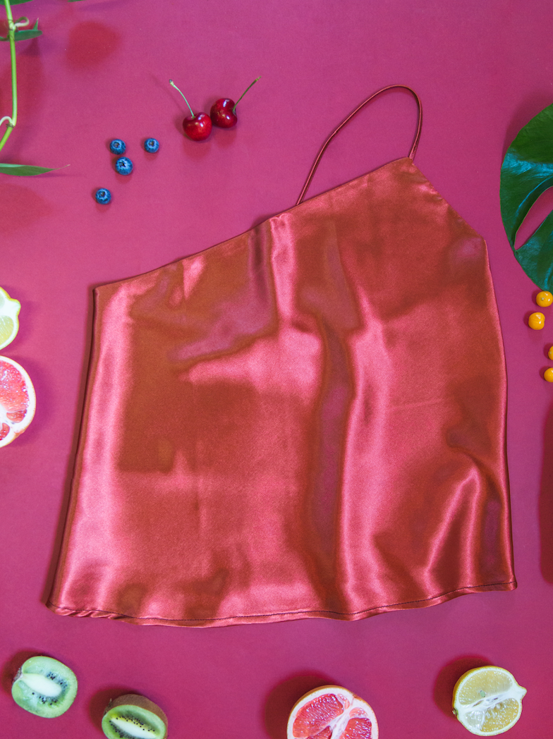 ONE SHOULDER SATIN TOP RUST