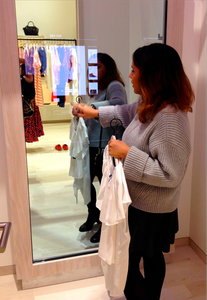 "MERo 43"" Interactive Mirror Display in Fitting Rooms"