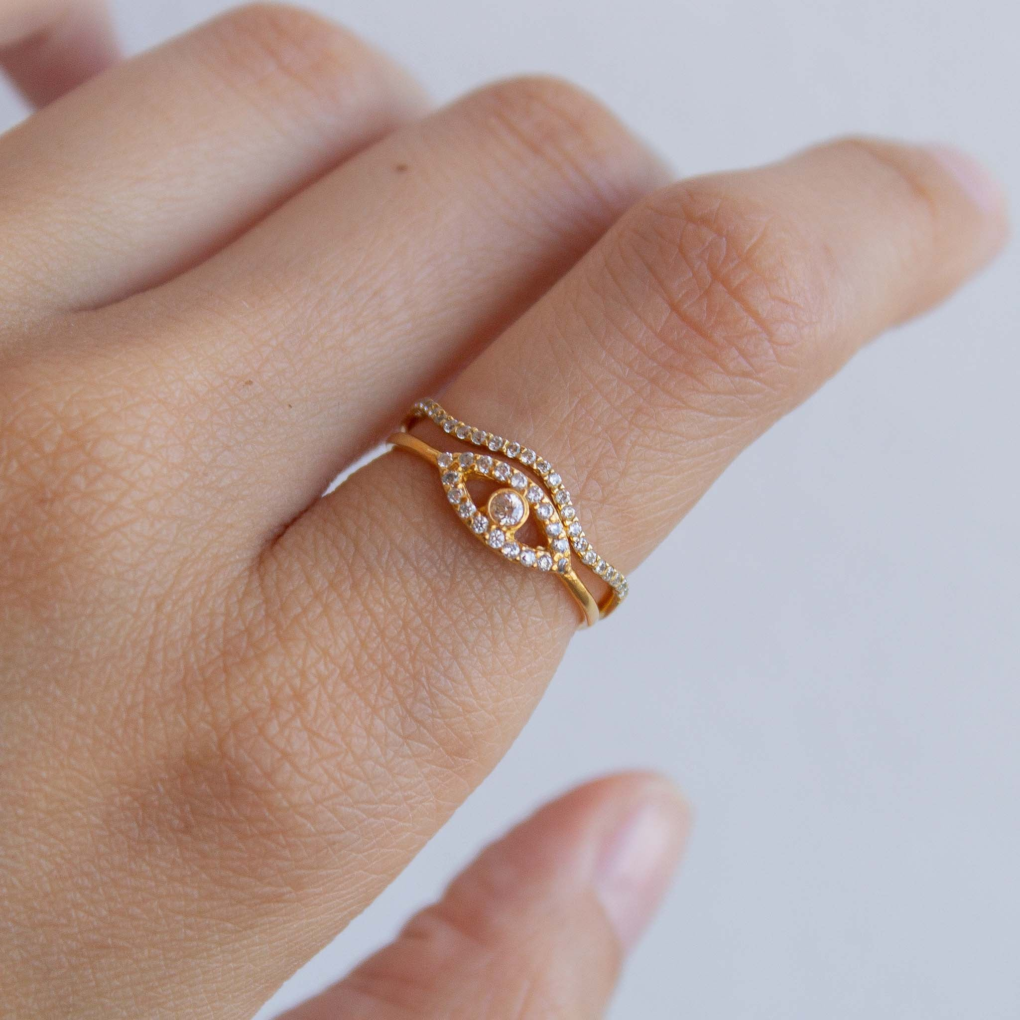dainty-ring-stacking-ideas