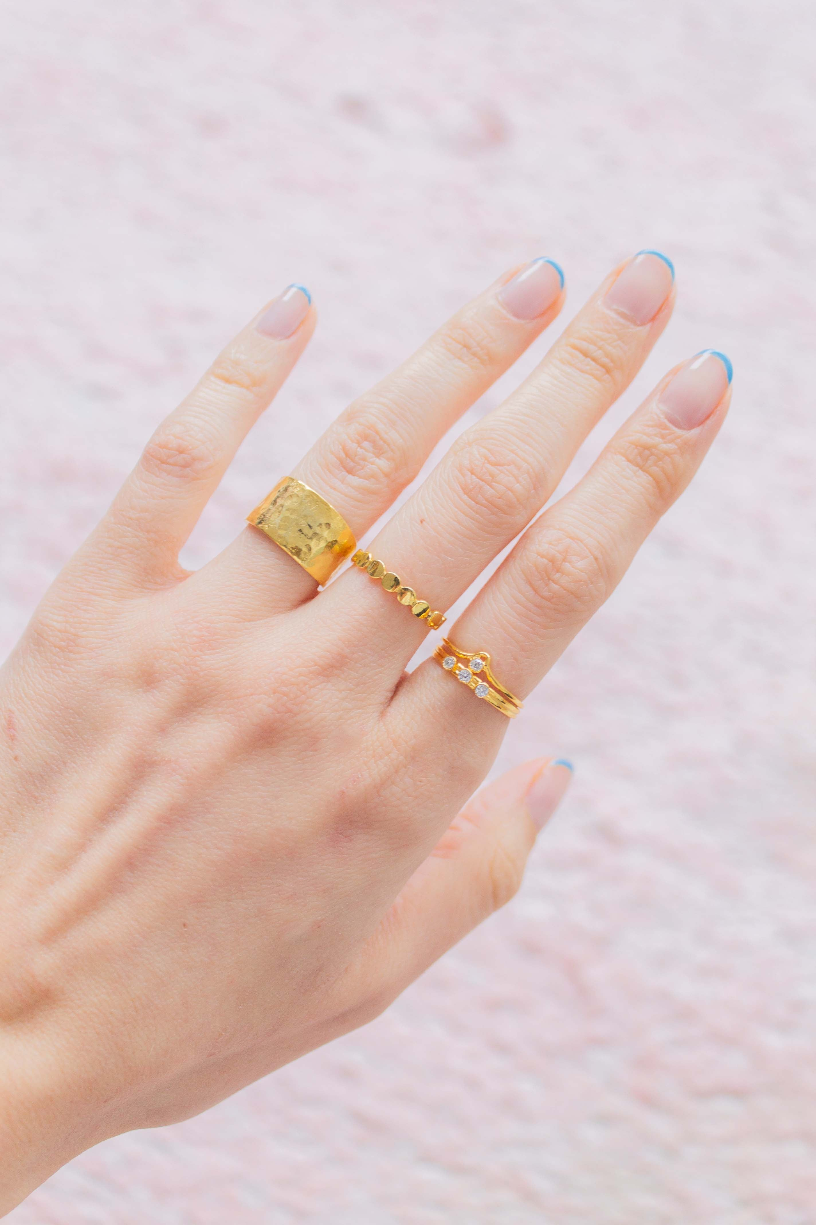 Dainty gold rings stacking