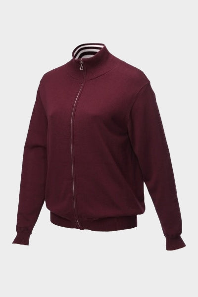 This cotton knitted, cardigan style golf jacket has all the warmth and protection of a light coat, yet still has that cosy feel of knit. All you lovely lady golfers out there will love this. The colour is a rich burgundy which is perfect for every womens golfing wardrobe.