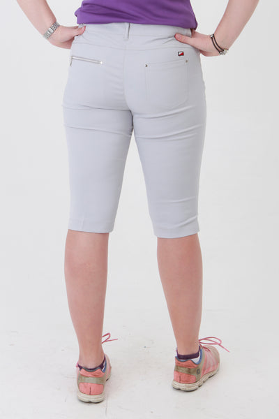 Golfing ladies, we know you're going to love these ladies golf shorts. If you are looking for golf clothes for women then look at these fashionable, stylish light grey ladies golf shorts. Matched with the JRB Ladies Golf shirts in various stunning designs and you will look amazing when out playing your Daily Sports.
