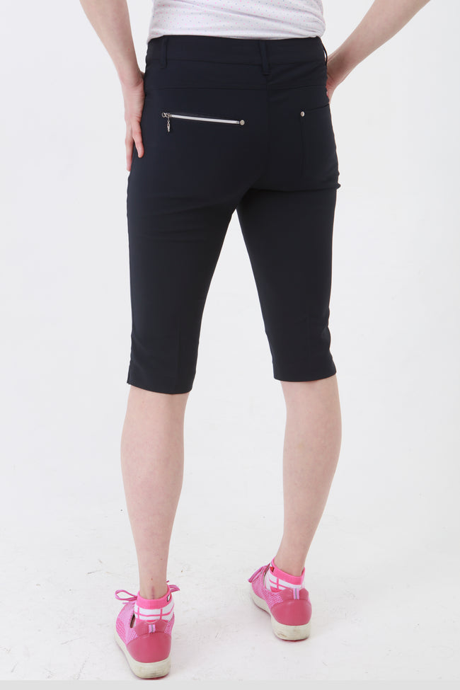 Navy City Shorts for lady golfers are the most popular shorts by far.  If you are looking for golf clothes for women then look at these fashionable, stylish light grey ladies golf shorts. Matched with the JRB Ladies Golf shirts in various stunning designs and you will look amazing when out playing your Daily Sports.