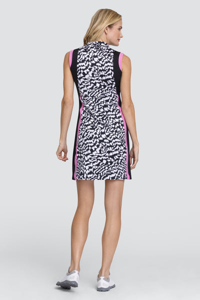 Tail Jackie dress - Divergence   We have a great range of Golf dresses for all you active golfing ladies in the UK. Feeling comfortable whilst playing with your golfing lady friends is important in this golf dress. So comfortable to wear and whilst playing your Daily Sport you will feel amazing and lady golfers will admire you on the golf course.