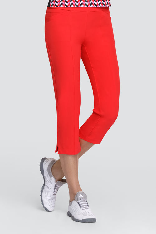 Tail Deborah Capri - Carmine  Ladies golf capri pants or the summer are a prerequisite. We love this outfit that will be a big hit for all lady golfers who love quality ladies golf clothing and at the same time like a ladies golf clothing sale for some end of season ladies golf outfits. We have ladies golf polo shirts and ladies golf skorts.